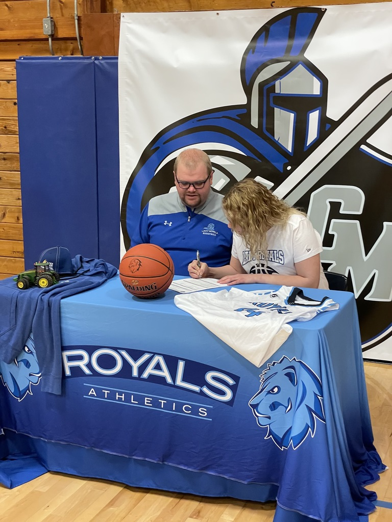 Nicole Signing to play at LRSC